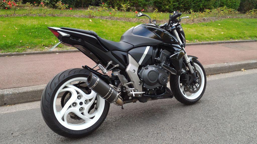 CB1000R noire de 2009 (dans le 59) CB1000R_2